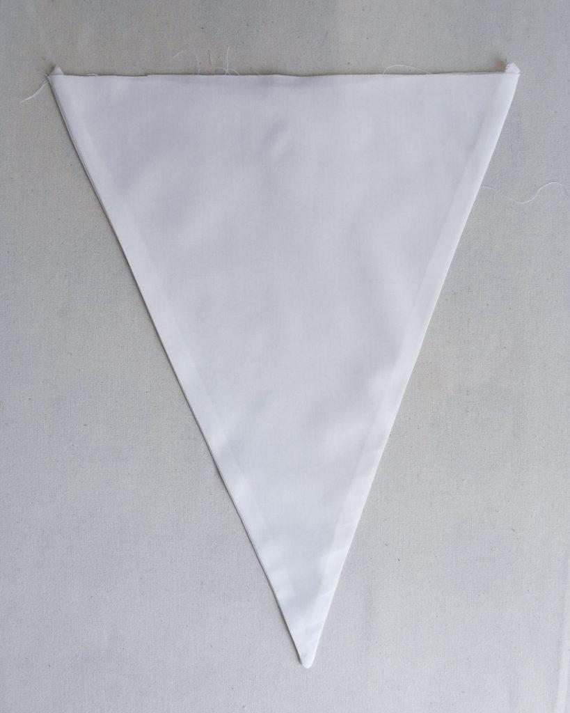 Idée de décoration de mariage - fanions - Un triangle repassé Cool Pharaon - Le fil à la gratte